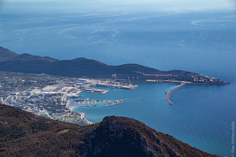 The port of Bar, view from Vrsuta mnt (39372956332)