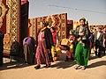 Tolkuchka bazaar (3406779200).jpg