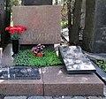 Tomb of Vas. Nemchinov.jpg