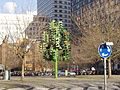 Traffic Light Tree Canary Wharf.jpg
