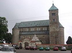 Tum, Archikolegiata NMP i św. Aleksego - fotopolska.eu (126628)