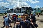 Turistas en el aeropuerto de Iquitos.jpg