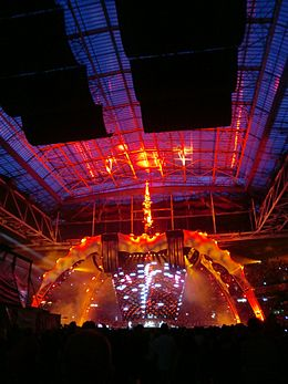 u2 360 tour wikipedia. Black Bedroom Furniture Sets. Home Design Ideas