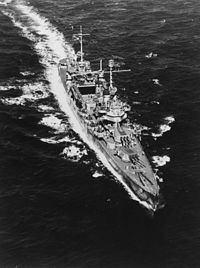 USS Vincennes (CA-44) off Hawaii July 1942.jpg