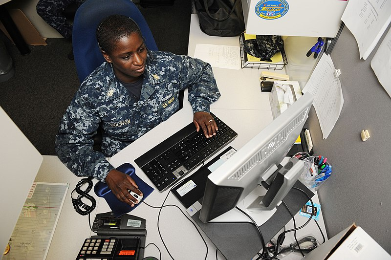 File:US Navy 110722-N-WJ386-003 Chief Operations Specialist Tonye Golston reviews job assignments in Career Management System-Interactive Detailing.jpg