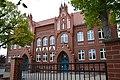 Ueckermünde, Goethestraße, Ehm-Welk-Schule (Goethe Schule) mit zwei Toren zum Schulhof, Foto Sylwia Burnicka-Kalischewsk.jpg
