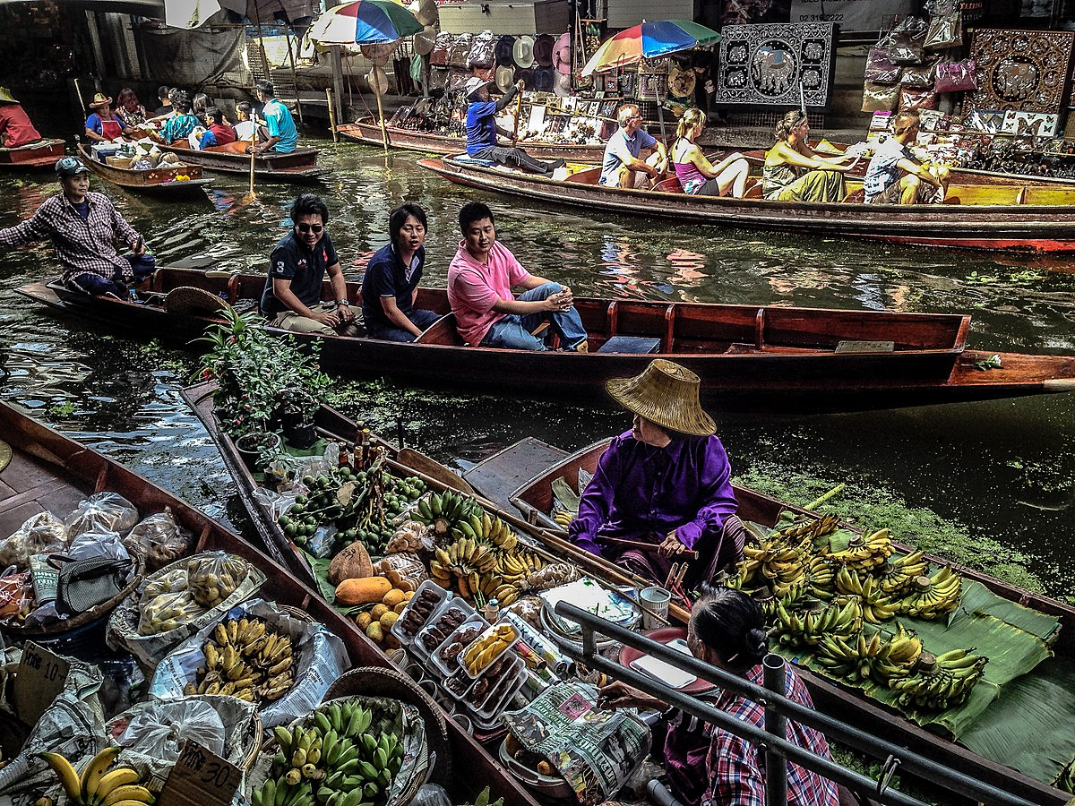 floating market in thailand Phuket floating market is a novel and attractive shopping experience in a quiet part of phuket, just outside of patong built in what was once a tin mining area, it.