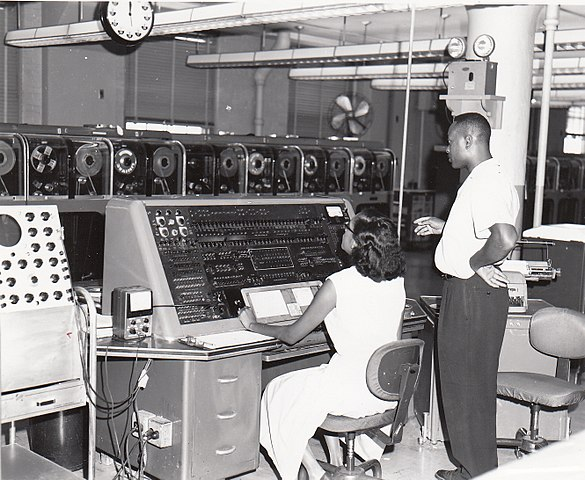 Univac I at Census Bureau with two operators