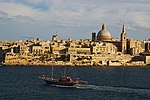 Valletta seen from Tigne Point - panoramio.jpg