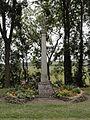 Vaucouleurs (Meuse) croix de chemin.JPG