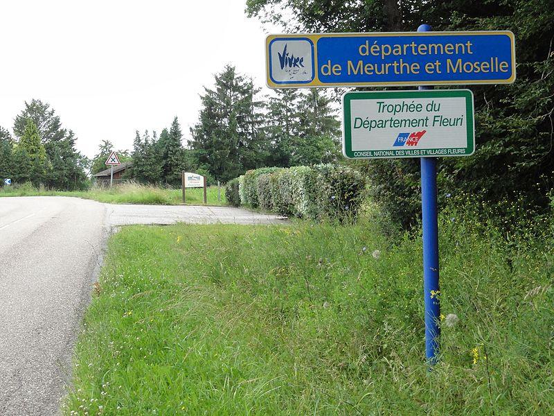 Vaucourt (M-et-M) limite département