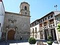 Velilla de Cinca - Ayuntamiento - Iglesia de San Lorenzo 01.jpg