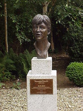 Sunday Independent (Ireland) - Veronica Guerin memorial, Dublin