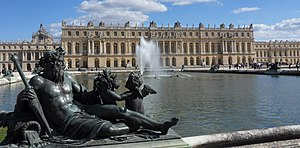 Versailles-Chateau-Jardins02 (cropped).jpg