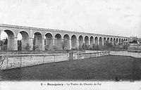 Viaduc du chemin de fer, Beaugency, carte postale.jpg