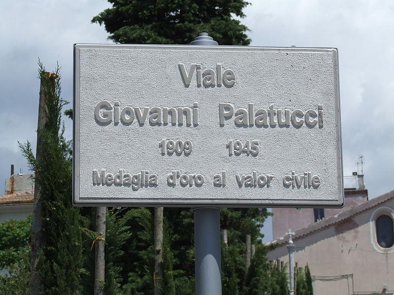 Soubor:Viale Giovanni Palatucci in Caggiano.JPG