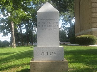 Ouachita County, Arkansas - Image: Vietnam Monument in Camden, AR IMG 2240