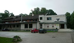 Village club in Rannu.JPG