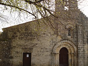 Villiers-Couture Eglise.JPG