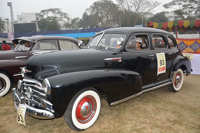 File:Vintage Car Rally 2016 07.jpg