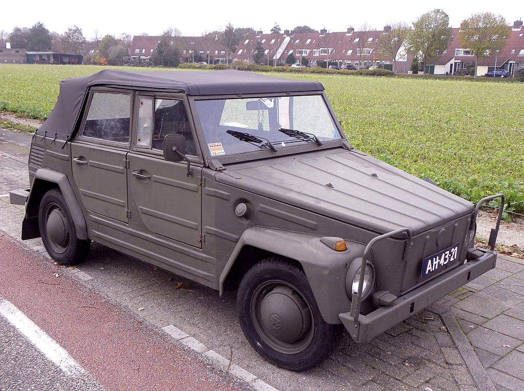 1024px-Volkswagen_181_Kurierwagen_(2).jp
