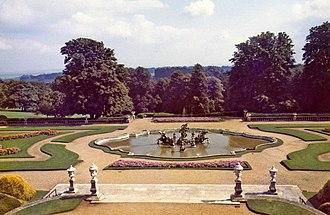 Elie Lainé - Image: Waddesdon Manor formal garden, Buckinghamshire geograph.org.uk 681639