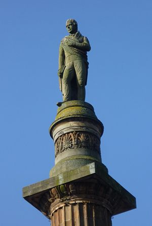 Historical romance - Statue of Walter Scott, in Glasgow, Scotland