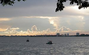 West Lake (Hanoi) - West Lake at dusk
