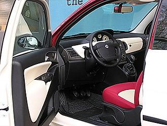 Lancia Ypsilon - 2003 Ypsilon inside