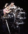 Woman working on R-1830 engine at Douglas Aircraft 1942.jpg