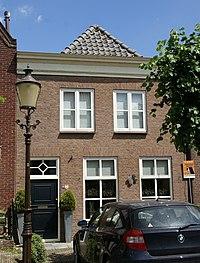 Woudrichem - rijksmonument 39554 - Hoogstraat 31 20120630.jpg