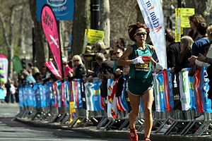 Yoko Shibui during 2013 London Marathon (2).JPG