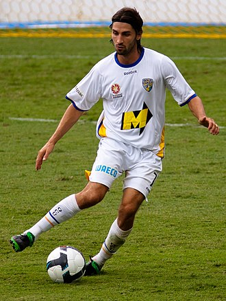 Zenon Caravella - Caravella playing for Gold Coast United in 2010
