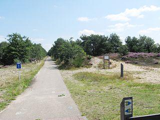 L018 Winterslag - Eindhoven (L18)  - Fietssnelweg Noord-Zuid-As 320px-Zonhoven_-_Spoorlijn_18