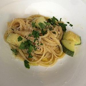 Zucchini oil pasta Zucchini oil pasta