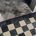 Zwarte tegelvloer naar klinkers - Westerlee - 20399030 - RCE.jpg