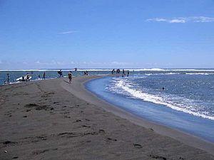 L'Étang-Salé - Image: Étang salé les bains plage