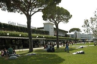 international airport serving Pisa, Italy