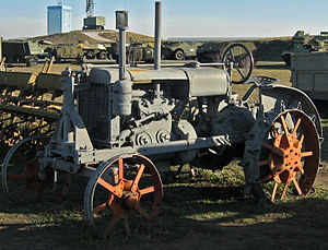 "Tractor, timber and agricultural machinery in the Soviet Union - tractor ""Universal"" (1934-1940, 1944-1955"