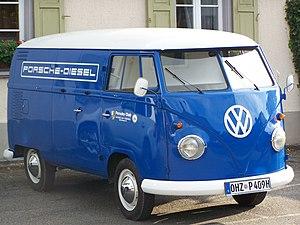 Volkswagen Type 2 - Image: 0385 Porsche Diesel Bus blau