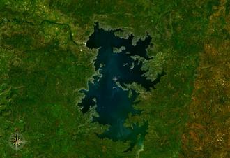 Environmental impact of irrigation - Lake Manantali, 477 km², displaced 12,000 people.