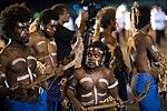 11.01 索羅門群島等待迎接總統前來的排笛舞群 (24240906308).jpg