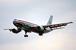 12ae - American Airlines Airbus A300-605R; N7076A@MIA;31.01.1998 (4847688389).jpg