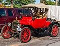 1915 Model T Ford Roadster (15119489736).jpg