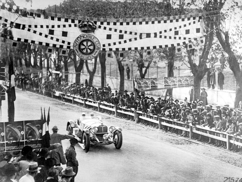File:1931-04-12 Mille Miglia winner Mercedes SSKL Caracciola e Sebastian.jpg