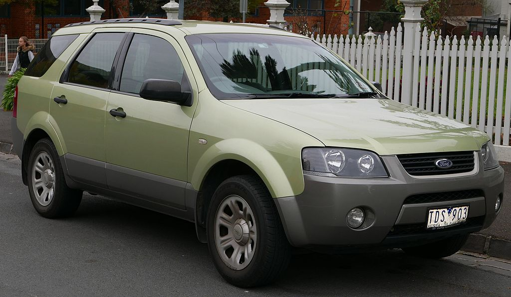2004 Ford Territory (SX) TX RWD wagon (2015-07-09) 01