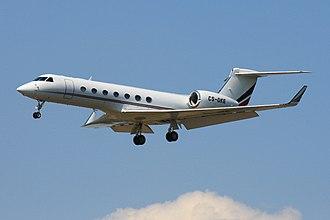Gulfstream G550 - Image: 2010 07 21 G550 Net Jets CS DKE EDDF 01