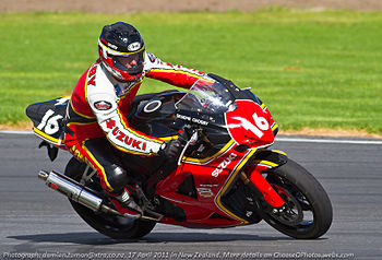 English: Graeme Crosby at Pukekohe race track ...
