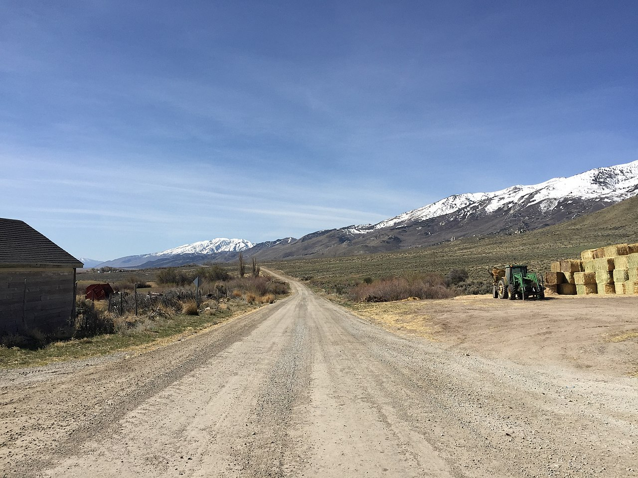 File:2015-04-04 10 32 25 View south along Ruby Valley Road ...