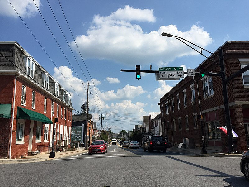 File:2016-08-20 15 28 07 View east along Maryland State Route 140 (Baltimore Street) at Maryland State Route 194 (Frederick Street-York Street) in Taneytown, Carroll County, Maryland.jpg